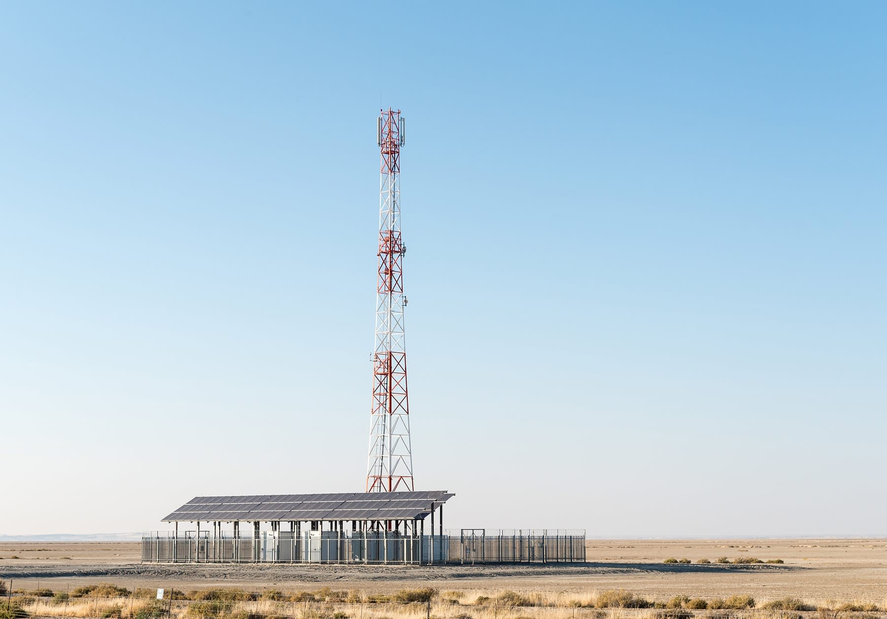 PV Solar Panels on Remote Cell Phone Towers in India